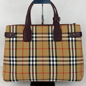 New Burberry Medium Banner Check and Leather Tote